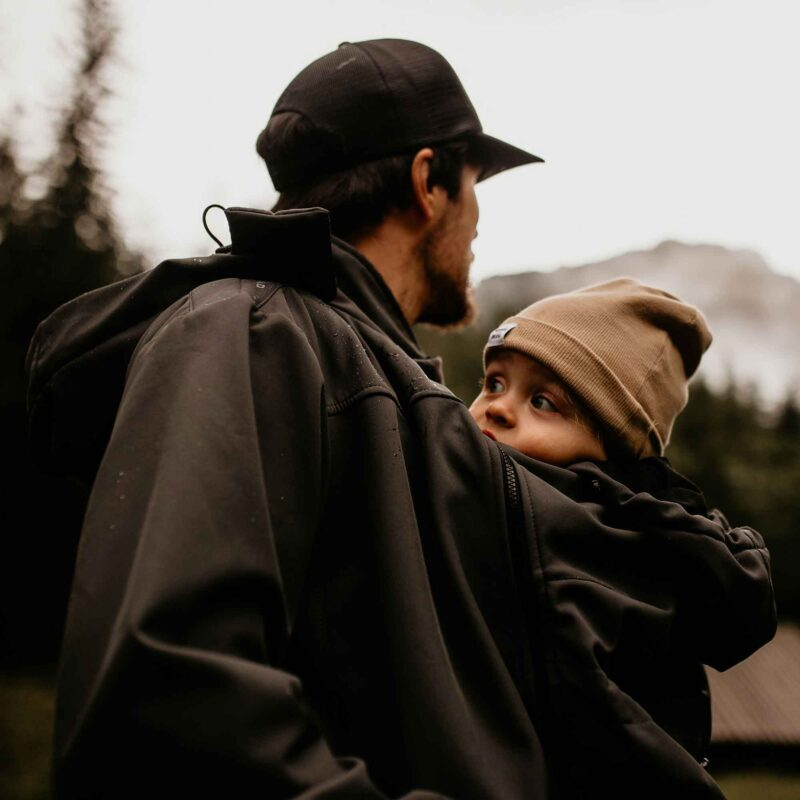Fun2bemum Babywearing softshell jacket for dads Elbrus graphite 2