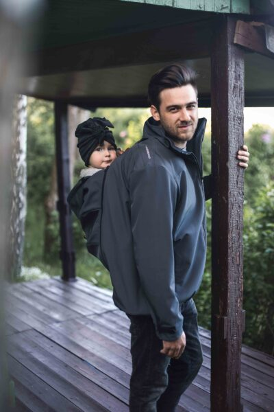 Fun2bemum babywearing softshell Elbrus for dads lifestyle